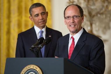 DOL chief THomas Perez, with the president. (Photo: AP)