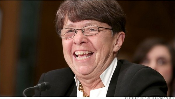 SEC chief Mary Jo White helped usher in a new rule that requires public companies to compare CEO and worker pay. (Photo: AP)
