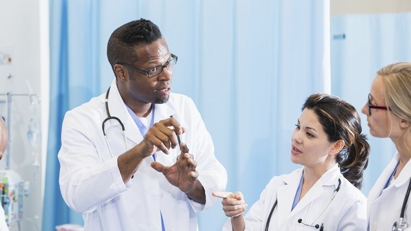 A new survey shows that only 15 percent of doctors support a full repeal of the Affordable Care Act. (Photo: iStock)