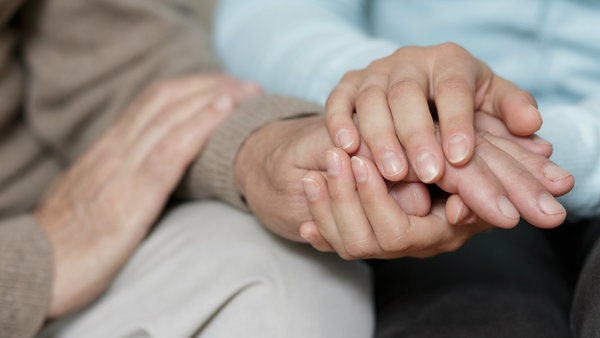 You can help alleviate stress when an employee or co-worker is ill. Photo: Getty Images