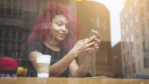 A GAO report finds increasing reliance on fintech by consumers to make payments, take out loans, get investment advice and choose investments. (Photo: Getty)