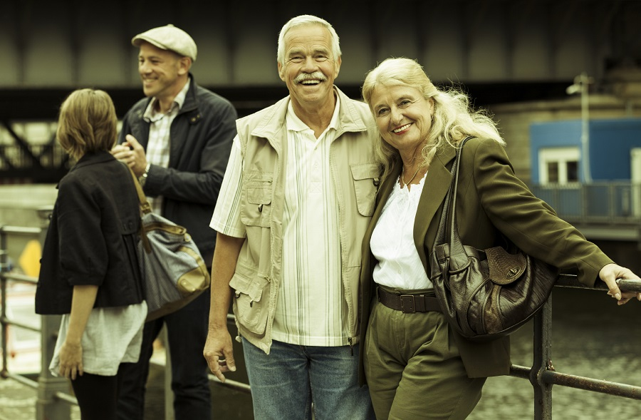 Another option is to wait until you retire before buying your retirement home. (Photo: Getty)