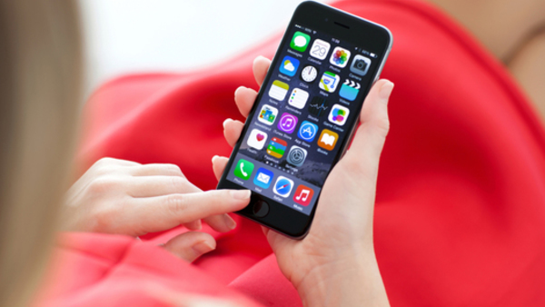 Don't let employees iPhones burn them out. (Photo: iStock)