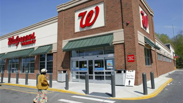 Separate lawsuits accuse CVS and Walgreens of 'clawback' payments. (AP Photo/Steven Senne, File)