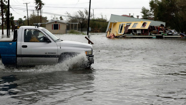 Flooding in Aransas Pass, Texas Photo: Eric Gay/Associated Press