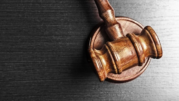 The justices will hear arguments in three disputes involving wage-and-hour claims, and the ruling probably will apply to discrimination cases as well. (Photo: Shutterstock)