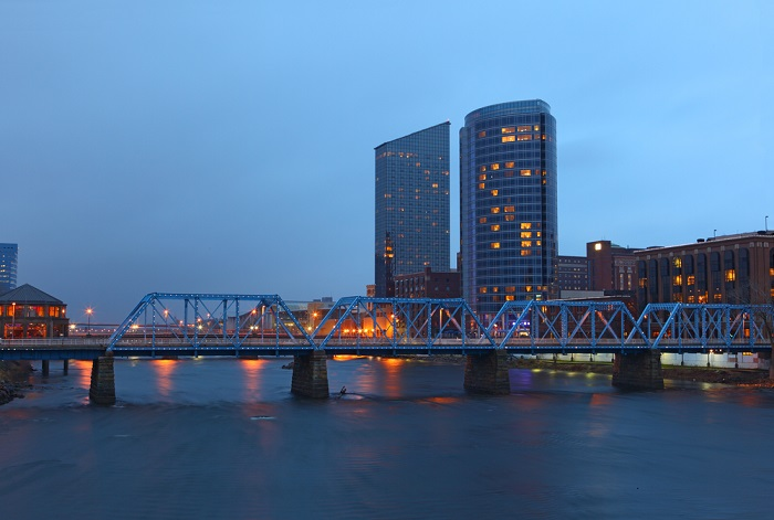 Grand Rapids, Michigan was another city that most non-residents don't think of as a retirement mecca, but look, they painted their bridge blue. (Photo: Shutterstock)