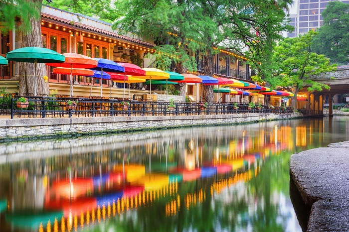 San Antonio, Texas didn't make this list of best places to retire just because it has the unique and delightful Riverwalk, but it could have. (Photo: Shutterstock)