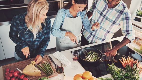 """Consultants are seizing on the opportunity to encourage employers to """"smarten up"""" their kitchens. (Photo: Shutterstock)"""