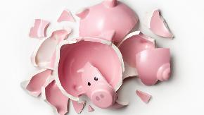 Financial risks remain as more Americans dip into 401 k s due to COVID 19